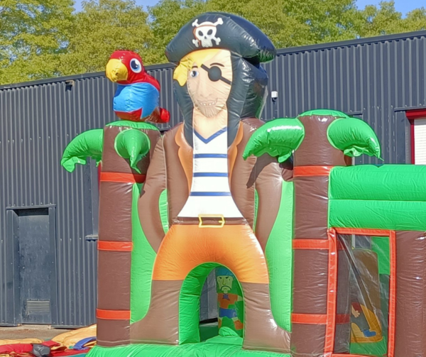 Location château gonflable Pirate